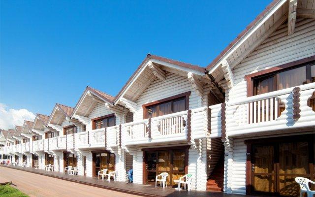Гостиница Белый Пляж вид на фасад