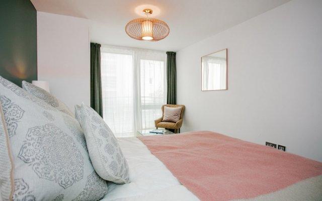 Отель Modern 2 Bedroom Flat In Greenwich комната для гостей