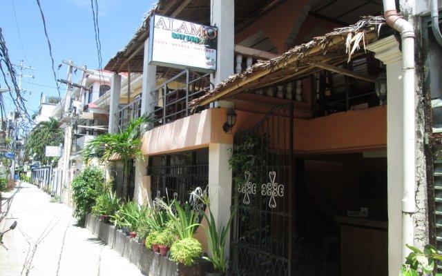 Отель Alamo Bay Inn Филиппины, остров Боракай - отзывы, цены и фото номеров - забронировать отель Alamo Bay Inn онлайн вид на фасад