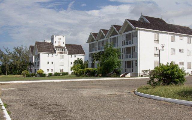Отель Seacastles Exora Beach Suite вид на фасад