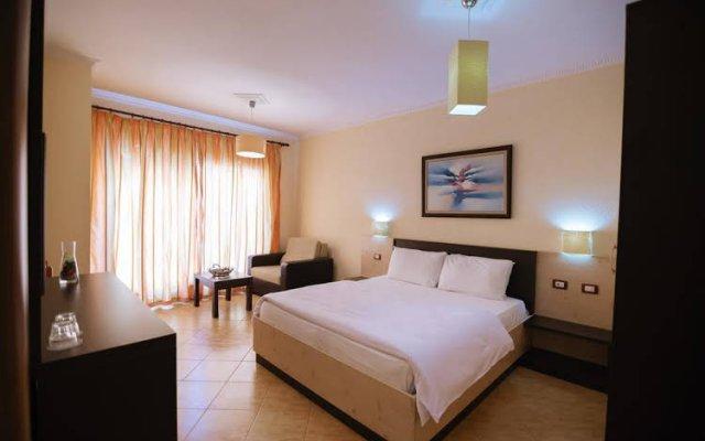Hotel Ibiza 1