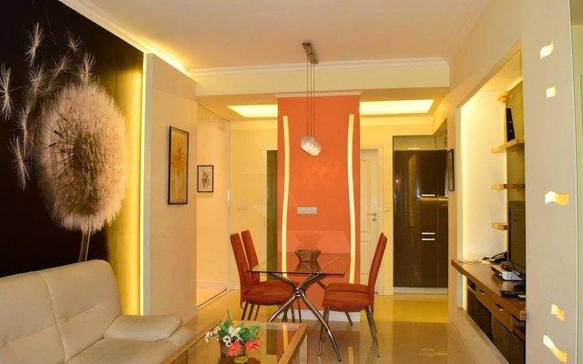 Апартаменты Marrinella Apartments София комната для гостей