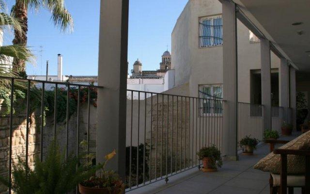 Отель Chancilleria Испания, Херес-де-ла-Фронтера - отзывы, цены и фото номеров - забронировать отель Chancilleria онлайн вид на фасад