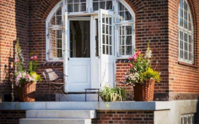 Отель Frederiksberg Mansion B&B Дания, Фредериксберг - отзывы, цены и фото номеров - забронировать отель Frederiksberg Mansion B&B онлайн вид на фасад