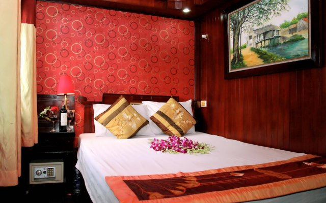 Отель Halong Dragon Cruise сейф в номере