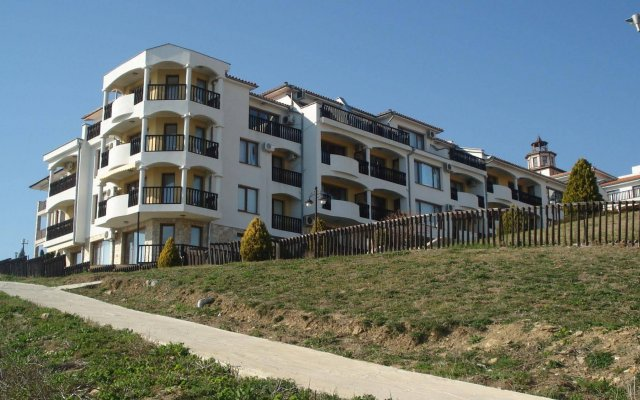 Апартаменты TSB Sun Coast Apartments вид на фасад