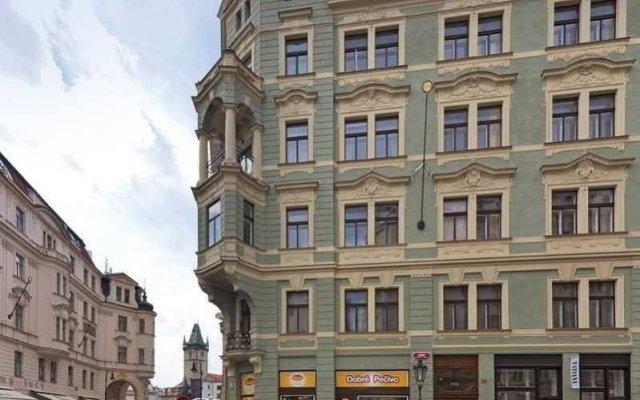 Апартаменты Apartments Dusni - Old Town Square Прага вид на фасад