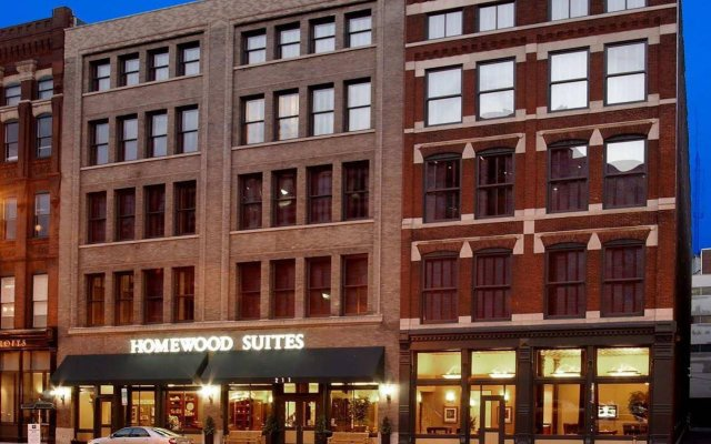 Отель Homewood Suites by Hilton Indianapolis Downtown вид на фасад