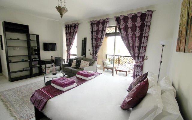 Отель Kennedy Towers - Reehan 2 комната для гостей