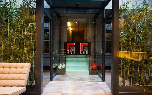 Отель Favori вид на фасад