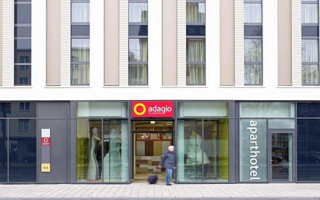 Отель Aparthotel Adagio Köln City Германия, Кёльн - 5 отзывов об отеле, цены и фото номеров - забронировать отель Aparthotel Adagio Köln City онлайн вид на фасад