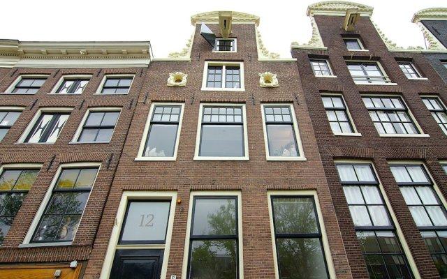 Отель GCBNB Нидерланды, Амстердам - отзывы, цены и фото номеров - забронировать отель GCBNB онлайн вид на фасад