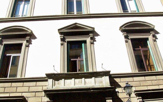 Отель B&B Soggiorno Panerai Италия, Флоренция - отзывы, цены и фото номеров - забронировать отель B&B Soggiorno Panerai онлайн вид на фасад