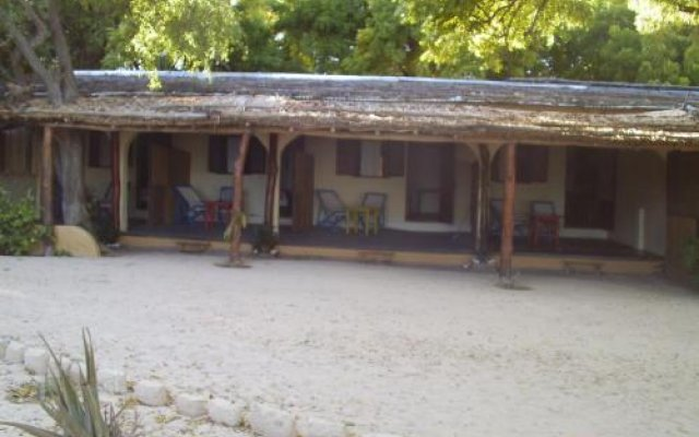 Villa Maroloko