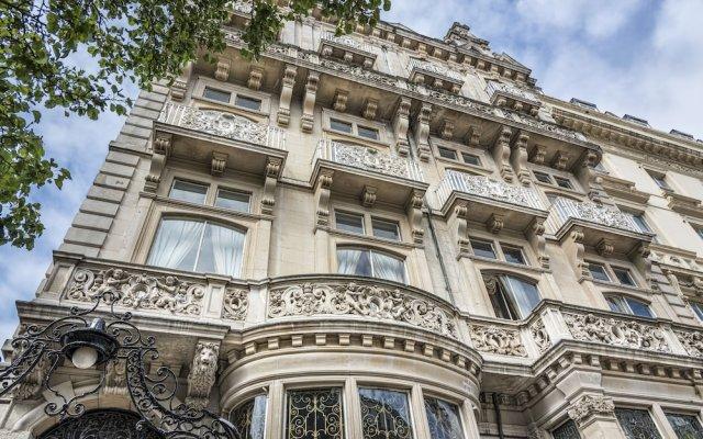 Отель Grand Royale London Hyde Park вид на фасад