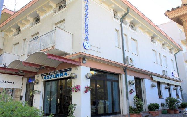 Hotel Azzurra вид на фасад