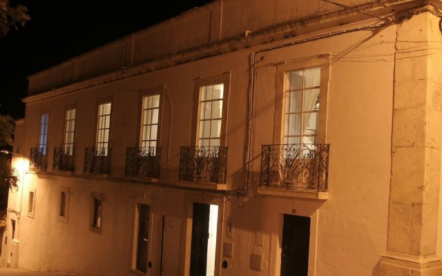 Отель Alandroal Guest House - Solar de Charme вид на фасад