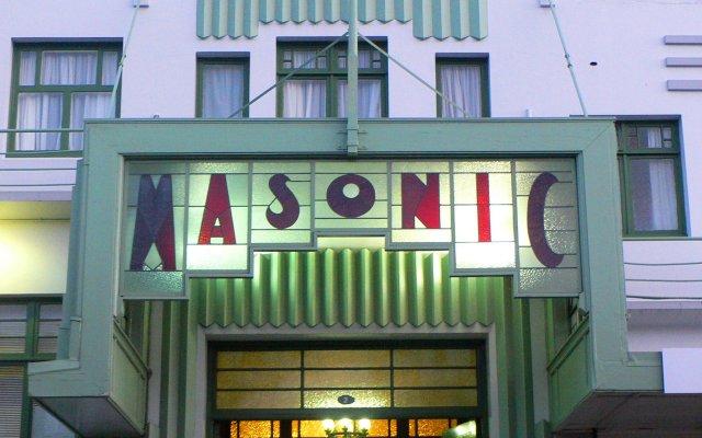 Art Deco Masonic Hotel вид на фасад
