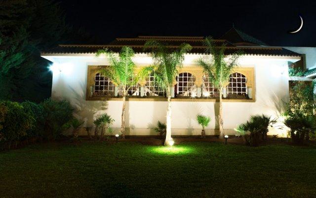 Отель Villa Des Ambassadors Марокко, Рабат - отзывы, цены и фото номеров - забронировать отель Villa Des Ambassadors онлайн вид на фасад