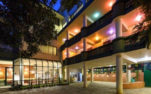 Отель Dondrub Guest House Непал, Катманду - отзывы, цены и фото номеров - забронировать отель Dondrub Guest House онлайн вид на фасад