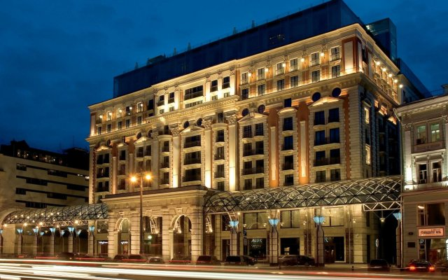 Гостиница The Ritz-Carlton, Moscow вид на фасад