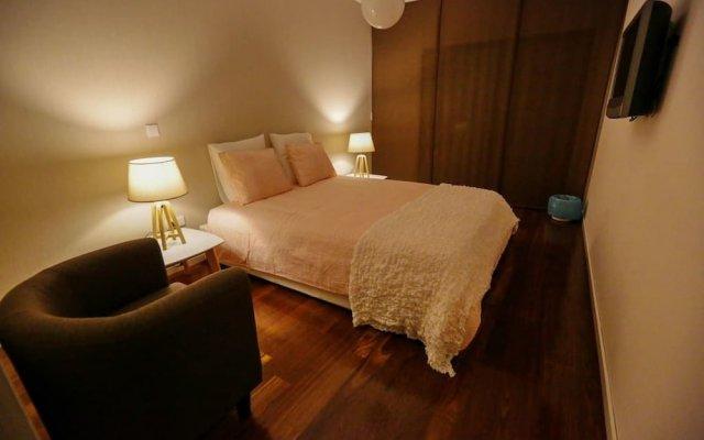Отель Maggie Homestyle - Topfloor View Португалия, Понта-Делгада - отзывы, цены и фото номеров - забронировать отель Maggie Homestyle - Topfloor View онлайн комната для гостей