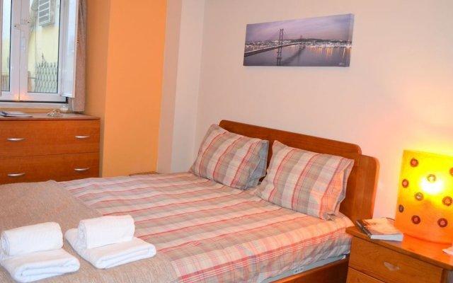 Отель RH Veronica Terrace Apartment Португалия, Лиссабон - отзывы, цены и фото номеров - забронировать отель RH Veronica Terrace Apartment онлайн комната для гостей