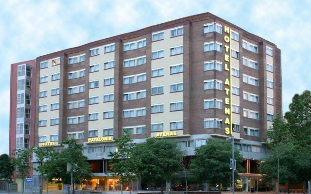 Hotel Catalonia Atenas вид на фасад