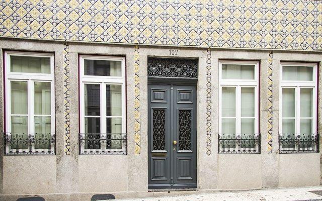 Апартаменты Liiiving in Porto - Art & Heart Studio вид на фасад