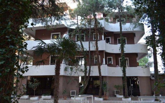 Green Park Hotel вид на фасад