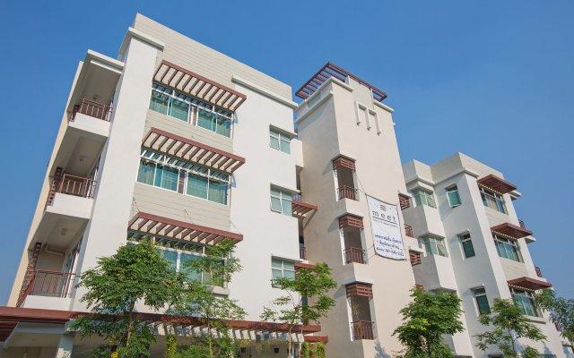 Отель The Meet Green Apartment Таиланд, Бангкок - отзывы, цены и фото номеров - забронировать отель The Meet Green Apartment онлайн вид на фасад