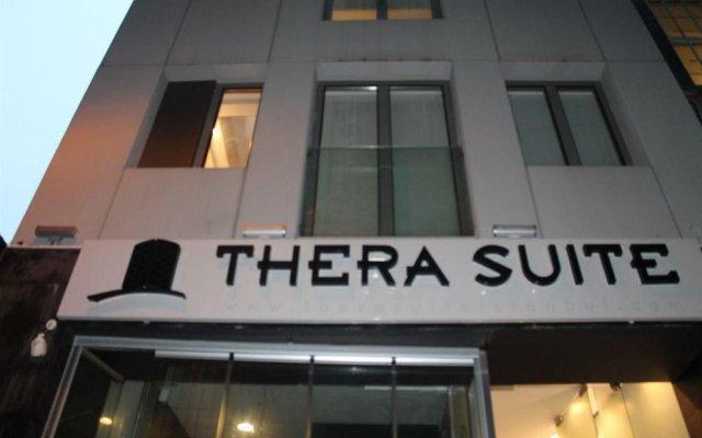 Отель Thera Suite вид на фасад