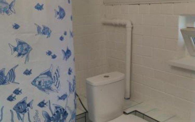 Гостиница Гостевой дом Ольгинка в Ольгинке отзывы, цены и фото номеров - забронировать гостиницу Гостевой дом Ольгинка онлайн ванная