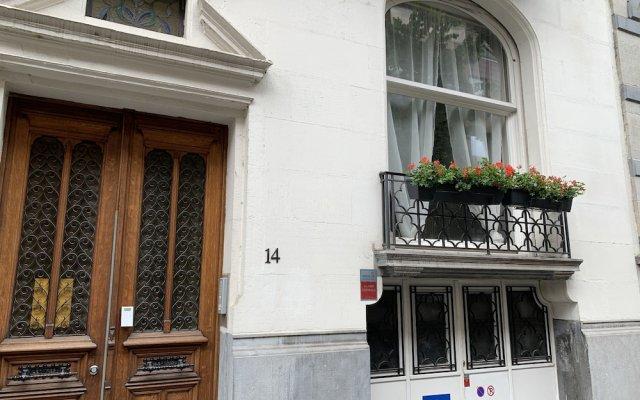 Отель Chic Cocoon Брюссель вид на фасад
