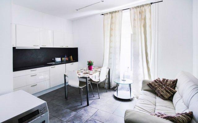 Апартаменты Comfort Apartments by LivingDownTown комната для гостей