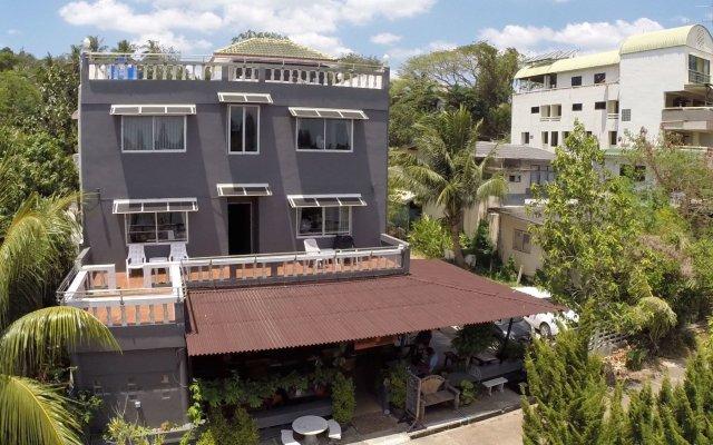 Отель Rooms@krabi Guesthouse Таиланд, Краби - отзывы, цены и фото номеров - забронировать отель Rooms@krabi Guesthouse онлайн вид на фасад