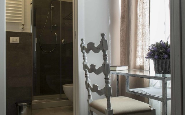 Отель La Casa Di Titti Чивитанова-Марке вид на фасад