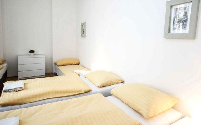 Отель St. Giles комната для гостей