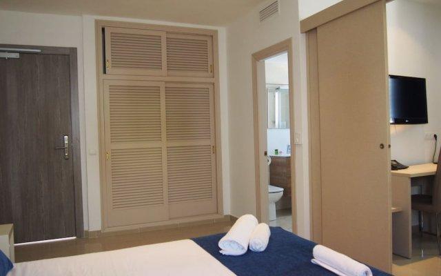 Отель Rocabella Испания, Форментера - отзывы, цены и фото номеров - забронировать отель Rocabella онлайн комната для гостей