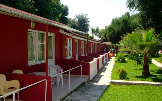 Altinkum Bungalows Турция, Сиде - отзывы, цены и фото номеров - забронировать отель Altinkum Bungalows онлайн вид на фасад