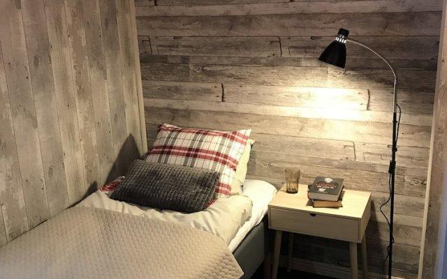 Отель Lillstugan Швеция, Карлстад - отзывы, цены и фото номеров - забронировать отель Lillstugan онлайн комната для гостей
