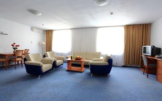 Гостиница Грин Казахстан, Атырау - отзывы, цены и фото номеров - забронировать гостиницу Грин онлайн комната для гостей