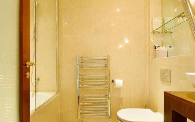 Апартаменты Shaftesbury Avenue Apartments Лондон ванная