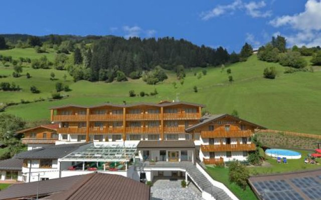 Hotel Haller Рачинес-Ратскингс вид на фасад