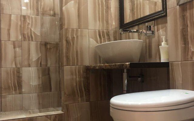 Гостиница ARBAT в Саратове отзывы, цены и фото номеров - забронировать гостиницу ARBAT онлайн Саратов ванная