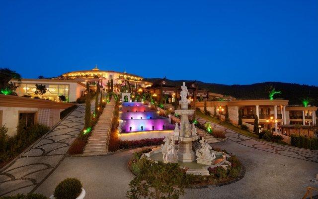 Отель The Bodrum by Paramount Hotels & Resorts вид на фасад
