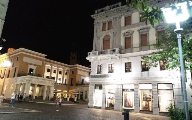 Отель Officine Cavour Италия, Падуя - отзывы, цены и фото номеров - забронировать отель Officine Cavour онлайн вид на фасад