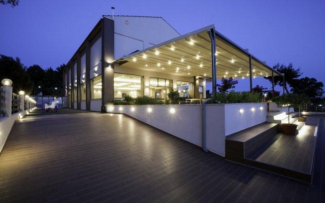 Отель SIMEON Метаморфоси вид на фасад