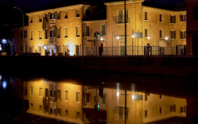 Отель Riviera dei Dogi Италия, Мира - отзывы, цены и фото номеров - забронировать отель Riviera dei Dogi онлайн вид на фасад