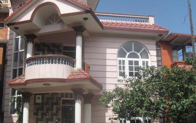 Отель Nepal Travelers Home Непал, Катманду - отзывы, цены и фото номеров - забронировать отель Nepal Travelers Home онлайн вид на фасад